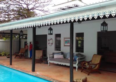 seychelles-poolside