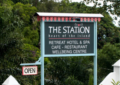 seychelles-station-sign